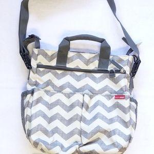 Skip Hop Duo Signature Diaper Bag Tote - Chevron